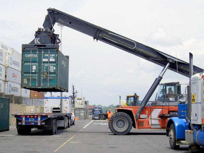 Transporte de cargas não tem restrição de tráfego, afirma presidente do Sindisan