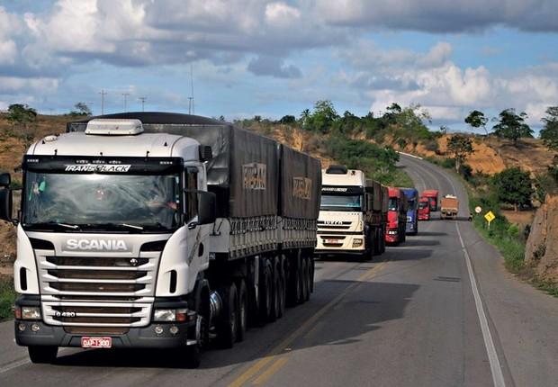 Coronavírus: como a pandemia afetou caminhoneiros e o transporte de cargas no Brasil