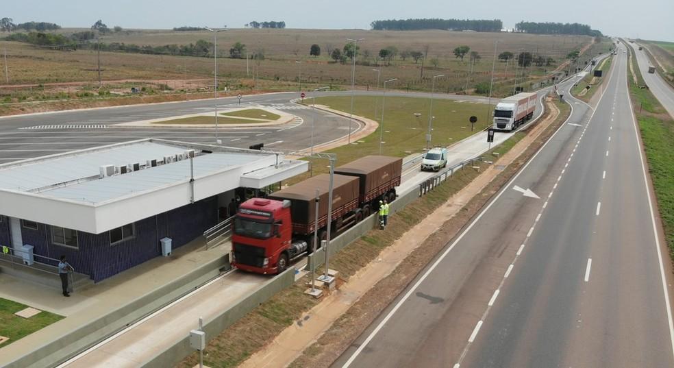 Demanda por transporte rodoviário de cargas no Brasil volta a ter leve melhora